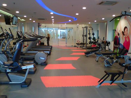 Ruang Fitnes - Astra International